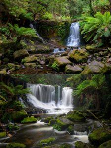 ホースシューの滝
