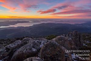 ウェリントン山頂日の出